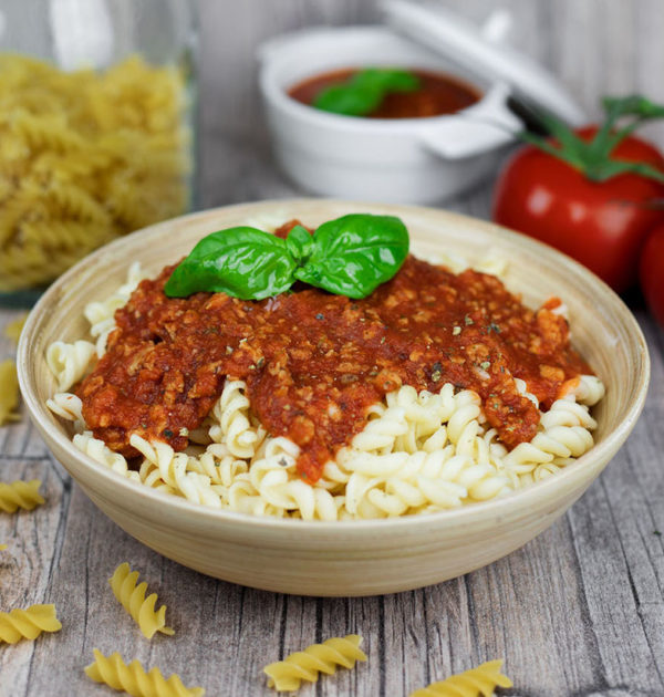 LunchVegaz vegane Fertiggerichte - Bio Pasta nach Bolognese Art