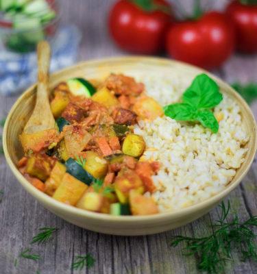 LunchVegaz Vegan Convenience Food - Organic Zucchini Ragout